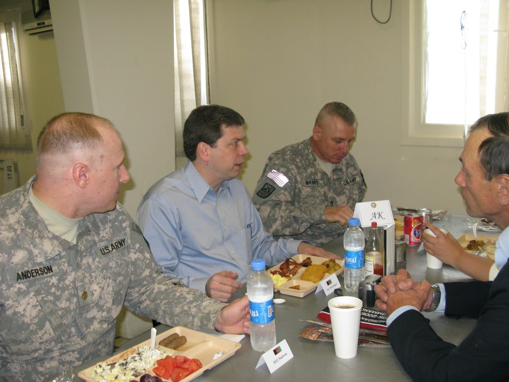 Senator Begich Dines with Troops